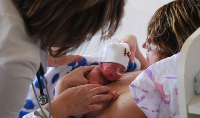 Кормление недоношенных детей